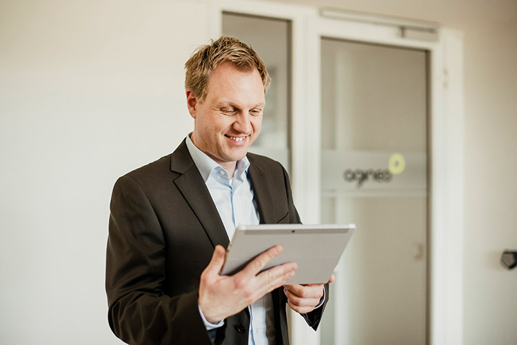 ServiceNow Knowledge online mit agineo